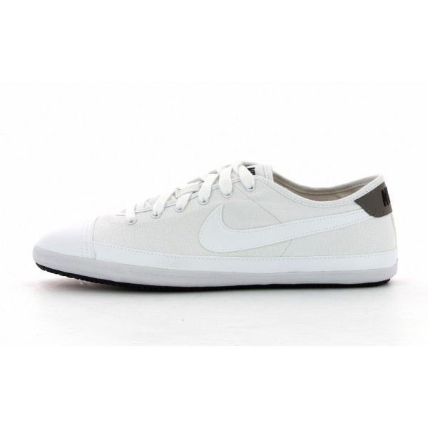 Toile Nike Distance Light Noir Blanche Chaussure gzxO86wqI1